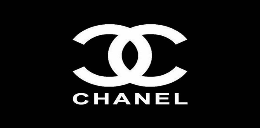 « Je suis un parfum Chanel » Я парфюм Chanel